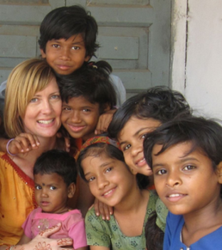 Shelley Seale with Kids in India
